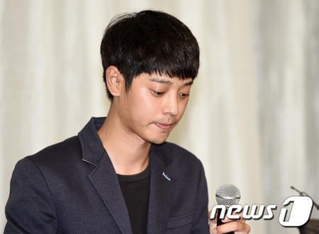歌手チョン・ジュンヨンと連絡とれず… SBS側「キム・ジュヒョクの訃報、伝えられていない」