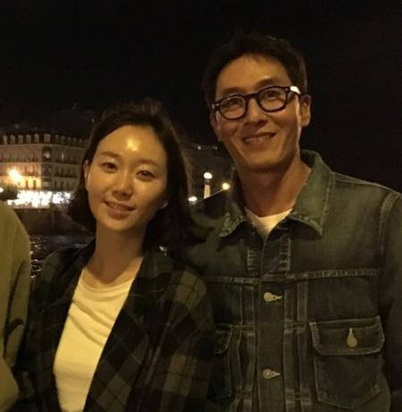 故キム・ジュヒョクの恋人イ・ユヨン、彼の傍を2日間はなれず… 「憔悴しきっている」(提供:news1)
