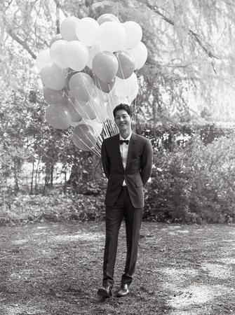 韓国俳優ソン・ジュンギが、故キム・ジュヒョクの葬儀場を弔問した。(提供:news1)