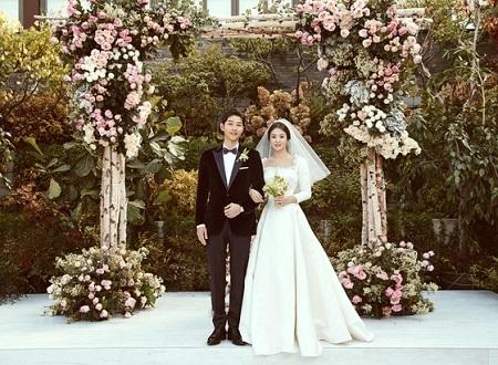 【公式】俳優ソン・ジュンギ‐ソン・ヘギョ夫妻、「結婚式の違法ドローン撮影関連の訴訟はしない」(提供:news1)
