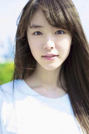 韓国歌手ナオル(Brown Eyed Soul)が今月カムバックする中、新曲ミュージックビデオ(MV)の主人公に日本の新人女優・唐田えりか(20)が抜てきされた。(提供:OSEN)