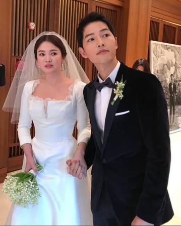 まるでパズルをはめるかのようにソン・ジュンギ-ソン・ヘギョ夫妻の新婚旅行にファンたちの関心が続いている。