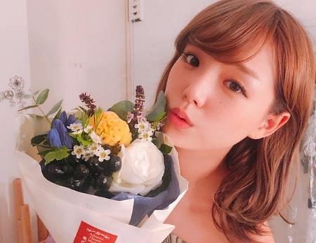 篠崎愛、韓国ラジオに出演へ=ペ・ソンジェアナウンサーと共演(提供:news1)