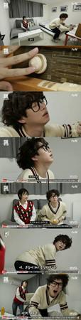 """韓国ボーイズグループ「SUPER JUNIOR」メンバーのヒチョルが、""""純粋な変態男""""に見事に変身した。(提供:news1)"""