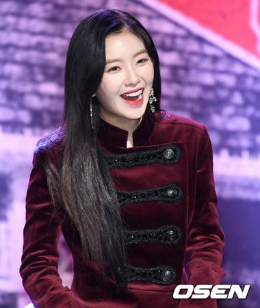 韓国ガールズグループ個人ブランド2017年11月のビックデータ分析の結果、「Red Velvet」アイリーンが1位、「少女時代」ユナが2位、「TWICE」ジョンヨンが3位となった。(提供:OSEN)
