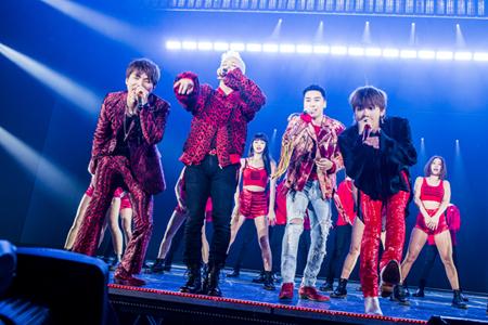 「BIGBANG」、海外アーティスト史上初の5年連続日本ドームツアー福岡ヤフオクドームにて開幕! (オフィシャル)