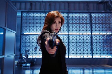 ジョン・ウー監督の最新作「追捕 MANHUNT」に出演した韓国女優ハ・ジウォンが、公開を前にアジアプロモーションツアーに繰り出す。現地の観客と特別な時間を過ごす予定だ。(提供:news1)