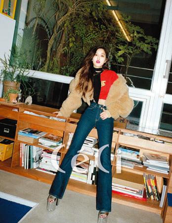 韓国ガールズグループ「BLACKPINK」のメインボーカル、ROSE(ロゼ、20)とファッション誌「CeCi」が出会った。(提供:OSEN)