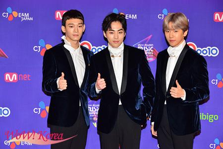 「EXO-CBX」左からCHEN、XIUMIN、BAEK HYUN