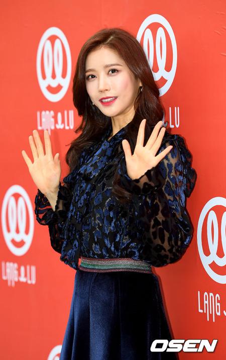 「HELLOVENUS」ユヨン、韓国・中央大学に合格