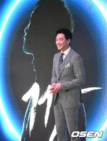 韓国歌手Rain(ピ、35)が久々にカムバックした心境を打ち明けた。