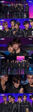 韓国ボーイズグループ「Wanna One」が、ボーイズグループ賞を受賞した。(提供:OSEN)