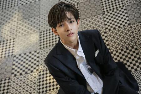 韓国歌手サムエルが、6日に香港で開催される「2017 Yahoo Asia Buzz Awards」に出席することになった。(提供:OSEN)