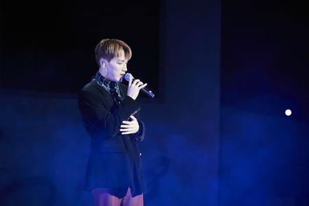 韓国ボーイズグループ「2PM」メンバーのJun.Kが、ソロミニアルバムの発売を記念してミニコンサート兼ファンミーティングを開催し、ファンに熱い愛を示した。(提供:OSEN)