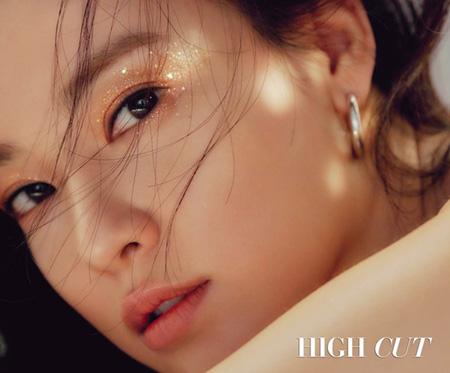 韓国ガールズグループ「AFTERSCHOOL」出身の女優イ・ジュヨン(30)のメイクアップ画報が公開された。(提供:OSEN)
