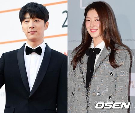 韓国俳優シン・ヒョンス(28)と女優チョ・ウリ(25)が交際を認めた。