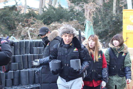 「BIGBANG」V.I、緑の傘子供財団に1億ウォン寄付=ラーメン事業の収益金(提供:news1)