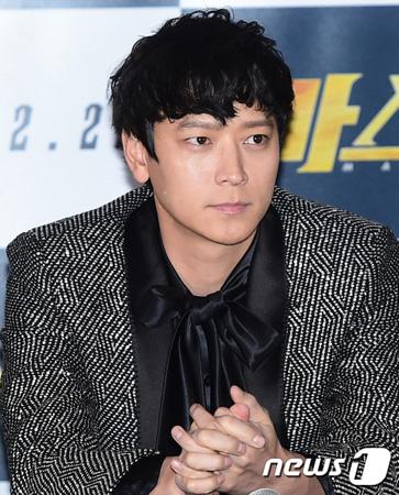 韓国俳優カン・ドンウォン(36)がハリウッド映画「Tsunami LA」に出演する。