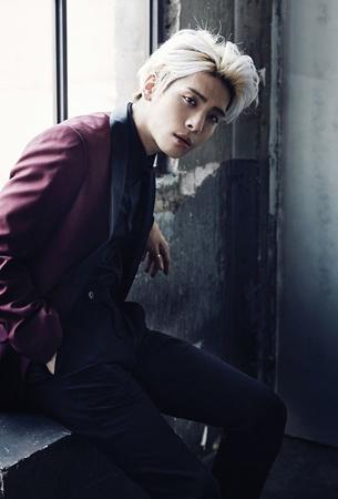 18日に死去した韓国人気アイドルグループ「SHINee」ジョンヒョン(享年27)のファンの弔問会場が設置された。