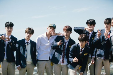 韓国芸能事務所YGエンタテインメントのヤン・ヒョンソク代表が、ボーイズグループ「iKON」の新曲発表日程を公開した。(提供:OSEN)