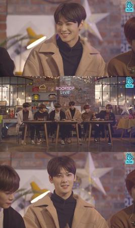 韓国ボーイズグループ「ASTRO」メンバーのチャ・ウヌが、大先輩の「少女時代」ユナと「EXO」SUHOと共に昨年末のMBC「歌謡大祭典」の進行を務めたことを振り返った。(提供:OSEN)