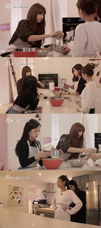 韓国ガールズグループ「BLACKPINK」初の単独リアルバラエティ番組「BLACKPINKハウス」が、6日午後9時に「BLACKPINK」公式YouTubeとVLIVEチャンネルで放送を開始する。(提供:OSEN)