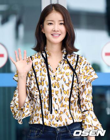 韓国女優イ・シヨン側が、男児出産についてコメントした。(提供:OSEN)