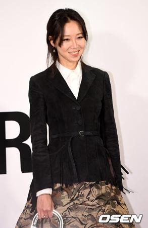 韓国俳優コン・ユと女優チョン・ユミの結婚説に、女優コン・ヒョジンがウィットに富んだコメントで一蹴した。(提供:OSEN)