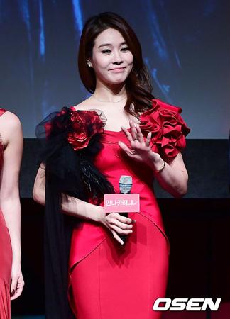 韓国女優オク・チュヒョン(37)がミュージカル「アンナ・カレーニナ」のプレスコールに欠席した。