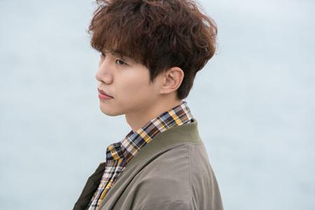 韓国ボーイズグループ「2PM」で俳優としても活躍しているジュノが、主人公として出演しているJTBCドラマ「ただ愛する仲」のOSTに参加することになった。(提供:OSEN)