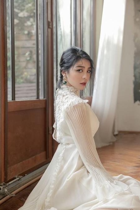 歌手Aileeの「初雪のように君に行く」、MelOn2017年年間チャートで1位獲得! (提供:OSEN)