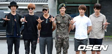 韓国男性グループ「超新星」のゴニル(30)が本日(25日)、軍服務を終え除隊した。