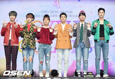 韓国ボーイズグループ「JBJ」が、デビュー101日で地上波の音楽番組で1位を獲得した。(提供:OSEN)
