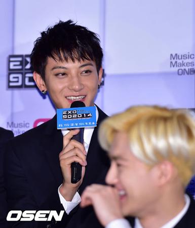 韓国ボーイズグループ「EXO」を離れたメンバーのTAO(タオ)が、苦しい心境をSNSで語った。(写真提供:OSEN)