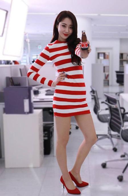 「NINE MUSES」キョンリ、チョン・ヒョンムとビタミン飲料のCMモデルに抜てき(提供:OSEN)