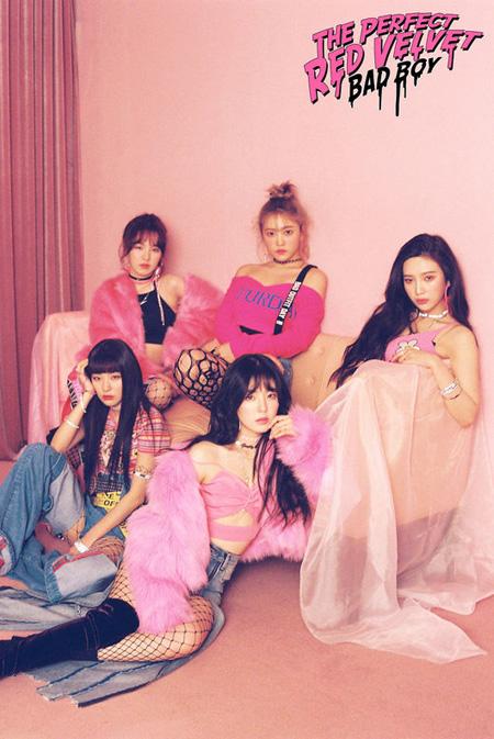 「Red Velvet」の新曲「Bad Boy」、16か国のiTunesチャートで1位獲得! (提供:OSEN)