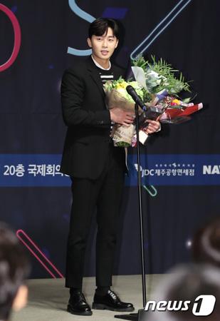 韓国俳優パク・ソジュン(29)が、新人男優賞を受賞した。(提供:news1)