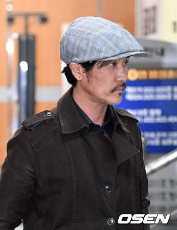 韓国YGエンターテインメントのヤン・ヒョンソク代表(48)が実刑の危機に陥ったイ・ジュノ(50)のために、億ウォン台の債務を返済した。画像はイ・ジュノ。