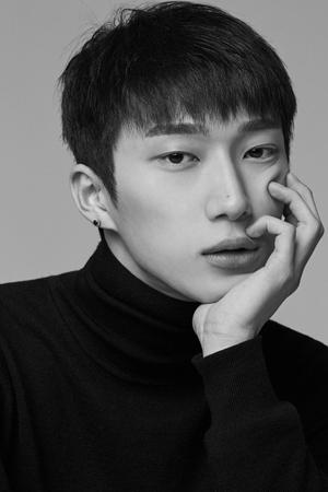 韓国アイドルグループ「BIGSTAR」レファン(RaeHwan、25)が国防の義務を果たすため、しばらくファンの傍を離れる。(提供:news1)