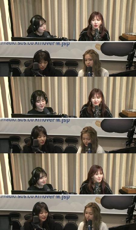 韓国ガールズグループ「Red Velvet」イェリが「少女時代」テヨンと仲がいいと明かした。(提供:OSEN)