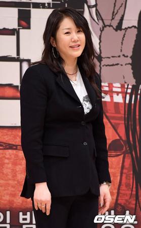 韓国女優コ・ヒョンジョン(46)と、出演中のSBSドラマ「リターン」の制作陣との間で紛争説が流れている中、SBS側は「確認中」だと明らかにした。(提供:OSEN)
