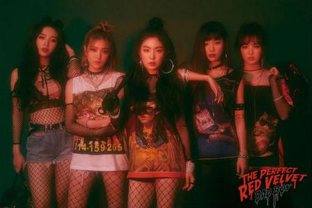 「Red Velvet」が、平昌冬季オリンピックの中継により放送休止となった「人気歌謡」で、1位を獲得した。(提供:OSEN)