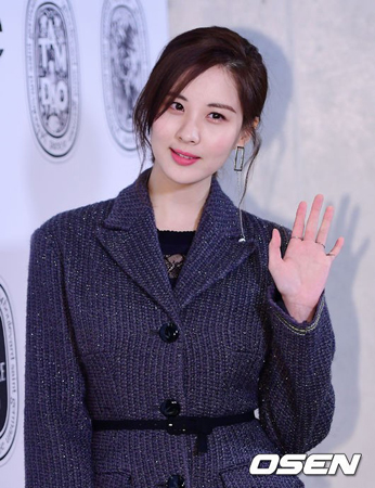 韓国ガールズグループ「少女時代」のソヒョンが、フライアップエンターテインメントと専属契約を協議している。(提供:OSEN)