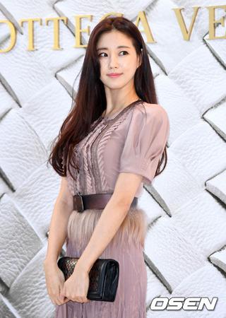 韓国女優キム・サランが、tvNの新ドラマ「ミスターサンシャイン」を降板することになった。(提供:OSEN)