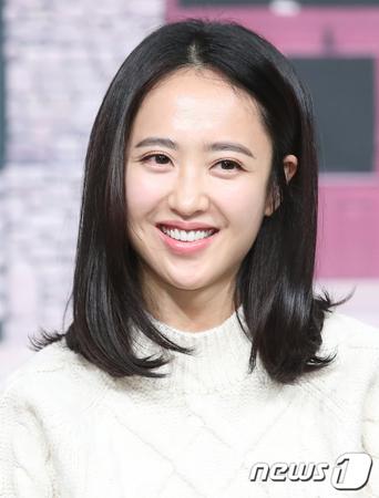 韓国女優キム・ミンジョン(35)が、tvNの新ドラマ「ミスターサンシャイン」に出演することになった。(提供:OSEN)