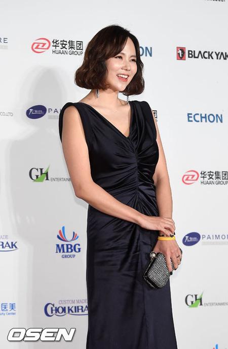 """韓国女優キム・ジウがセクハラ撲滅運動""""Me Too""""運動に参加し、支持する意思を明らかにした。(提供:OSEN)"""