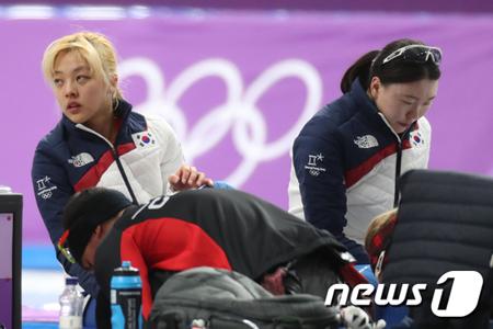 """""""仲間を置いてきぼり""""で物議の韓国女子パシュート、注目の的で視聴率1位に"""