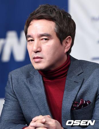 セクハラ疑惑が浮上していた韓国俳優チョ・ジェヒョン(52)が、全ての過ちを認めて謝罪した。(提供:OSEN)