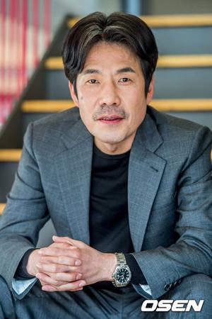 韓国映画「神と共に-因と縁」側が、セクハラ騒動の渦中にある俳優オ・ダルスの出演分を編集し、再撮影に入ることにした。(提供:OSEN)