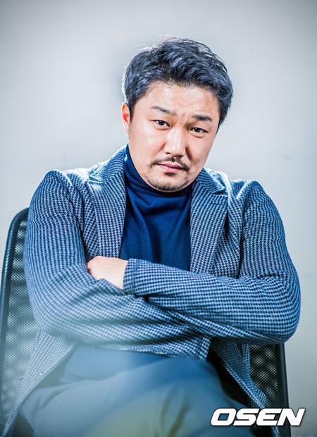 """【公式】""""セクハラ疑惑""""俳優ハン・ジェヨン、被害者へ直接謝罪"""